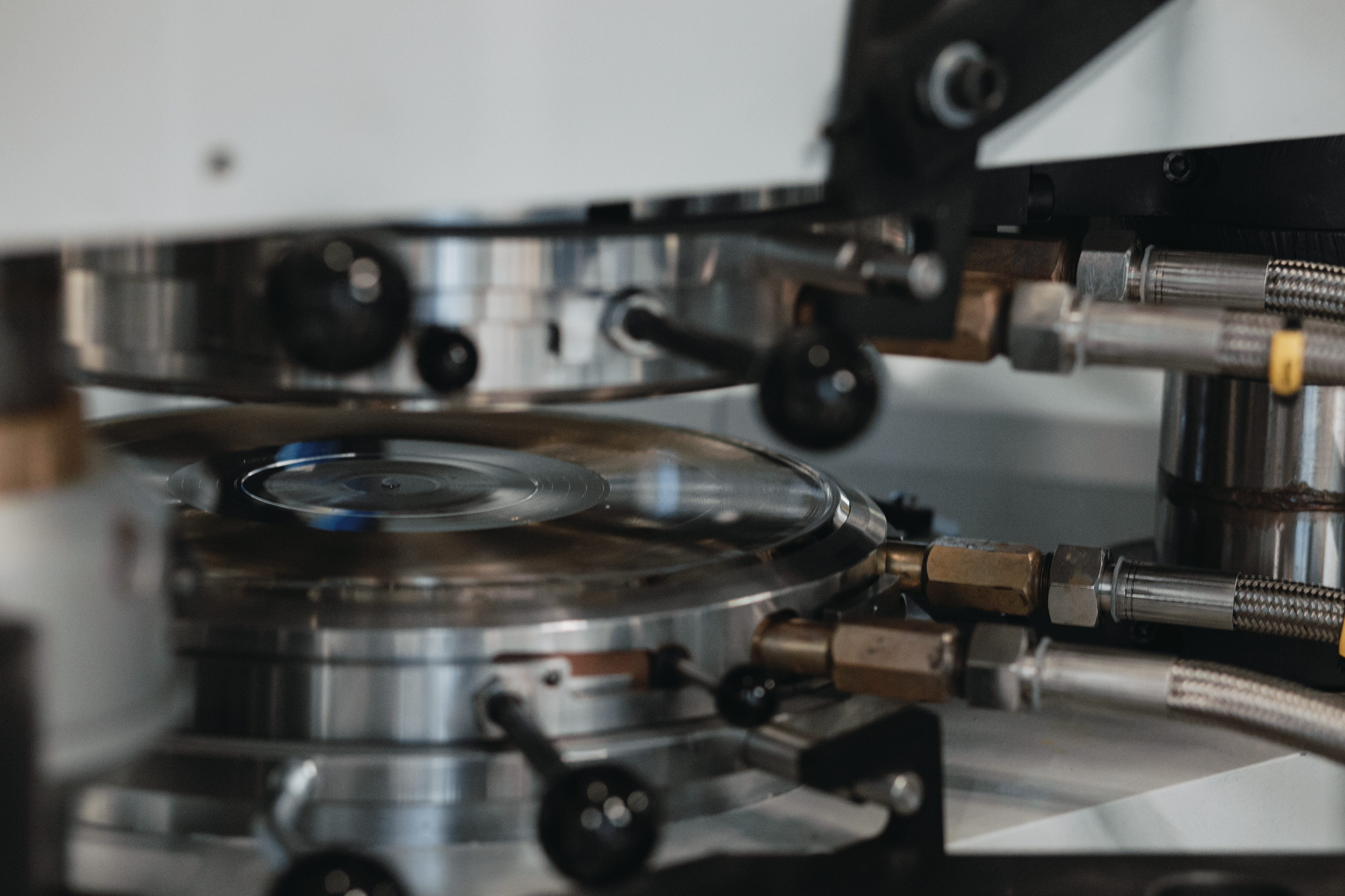 Deepgrooves Vinyl Pressing Plant   Order Your Vinyl Records Here